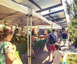 Farmer's Park Market and Craft Fair.