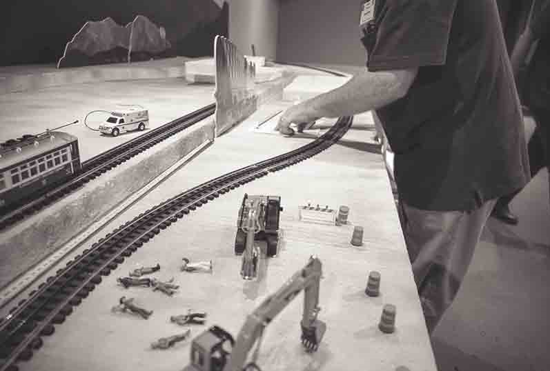 model-train-setup-holiday-activities